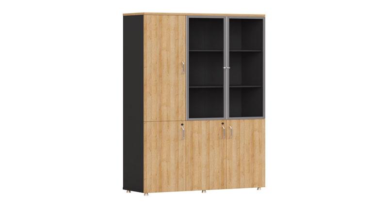 Шкаф офисный из ЛДСП, меламиновая доска. Трех створчатый с отсеками под файлы. Размер 1200W*400D*2000H
