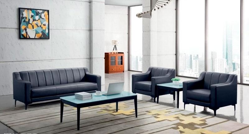 Комплект мягкой мебели JF020 (черного цвета), обивка PU/эко-кожа. Размеры: кресло 780W*730D*720 мм, диван 1795W*730D*720 мм.