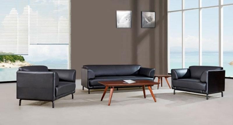 Комплект мягкой мебели JF028 (черного цвета), диван и два кресла, обивка PU/эко-кожа. Размеры: кресло 980W*810D*790 мм, диван 1980W*810D*790 мм.