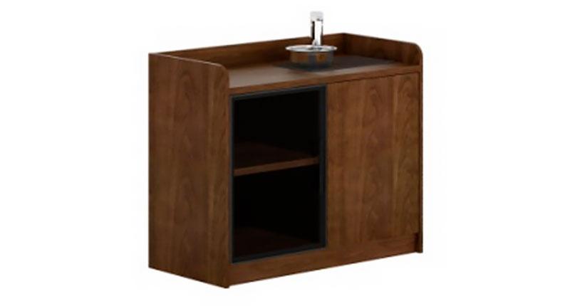 Шкаф-комод с сенсорной панелью и отсеком для бутилированной воды исполняет функцию подачу и подогрева воды и пищи. Размер: 840W*400D*800H