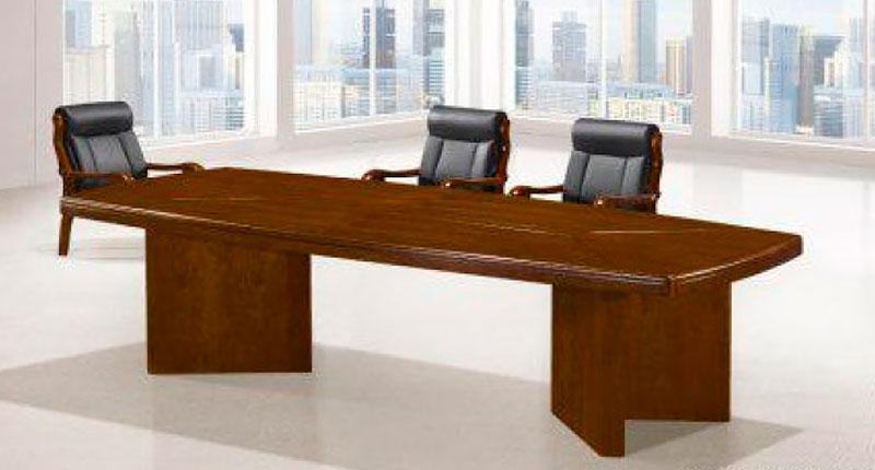 Конференц стол из МДФ, облицован натуральным шпоном ценной породы дерева, цвета темный орех. Размер: 2400W*1200D*760H